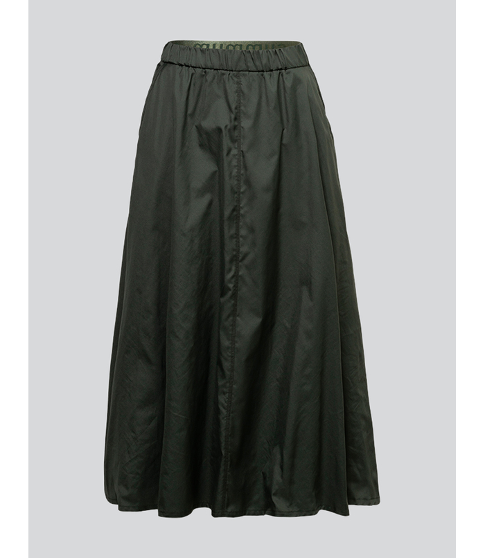 Wide circle skirt