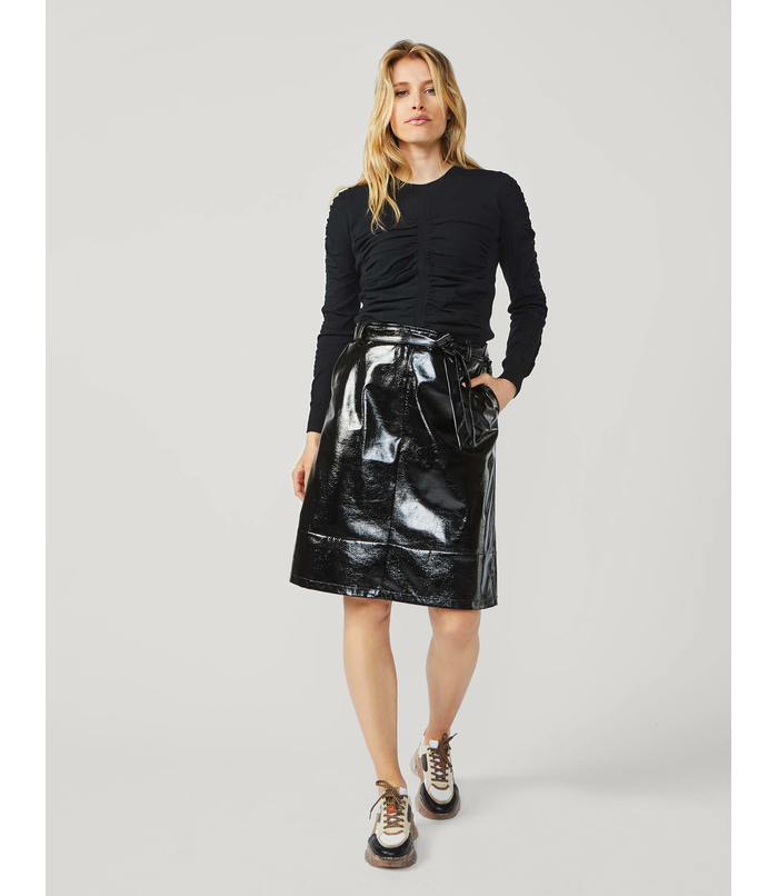 A-line skirt with lacquered look