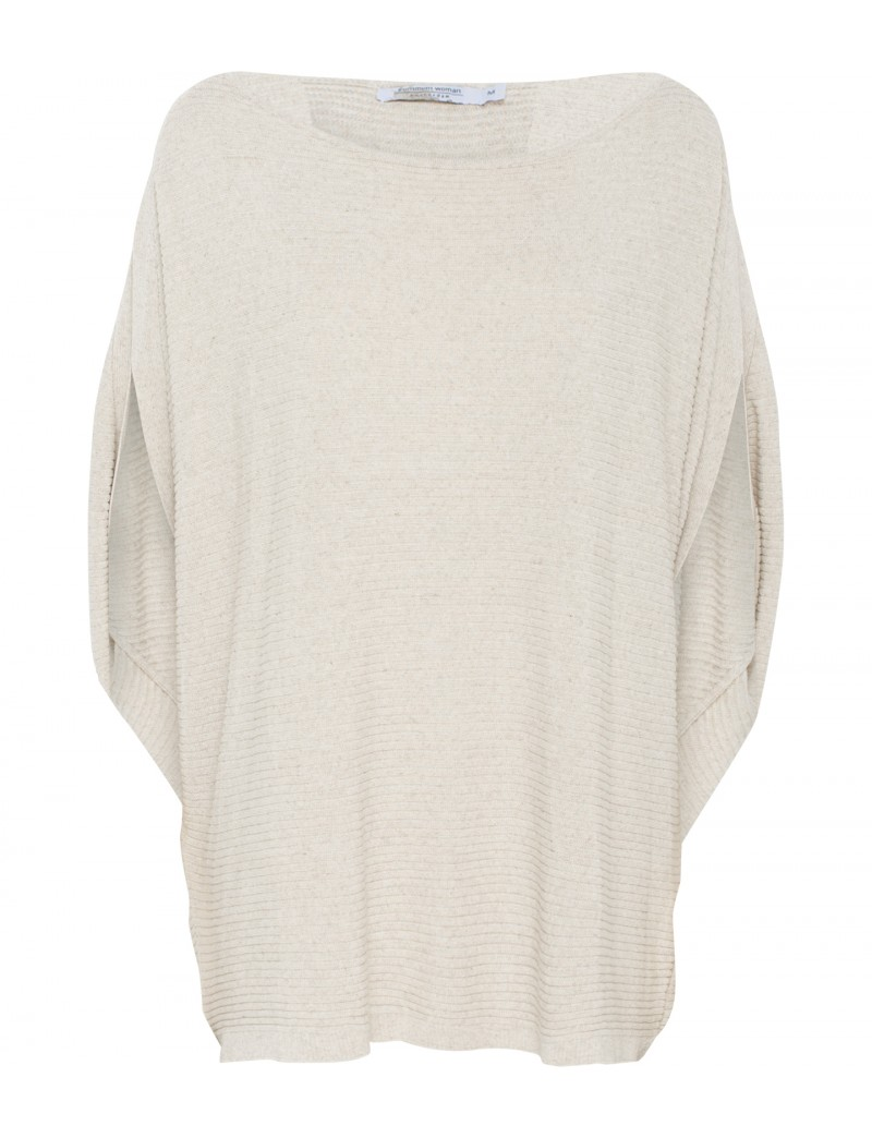 Fine knitted pullover